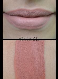 lipstick_lingerie2